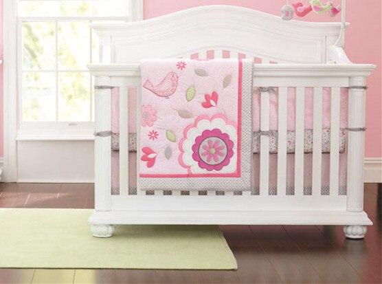 ¡DE DESCUENTO! 7 Uds bordado niños edredón colcha para niños Juego de ropa de cama para cuna de bebé incluyen (parachoques + funda + cubierta de cama + falda)
