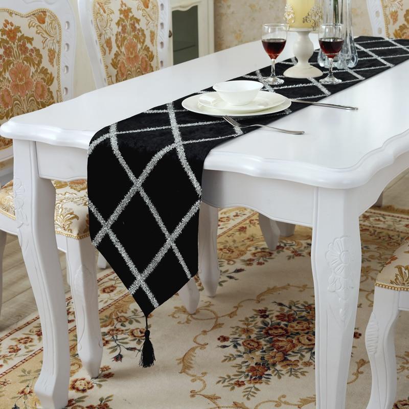 بسيط عصري الموضة مشرق الحرير الجدول عداء جديد يتدفقون النسيج X صافي مفرش المائدة