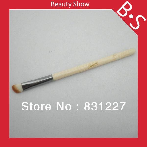 Sedona diseñador de moda cosmético en ángulo cepillo de sombra de ojos, mango de bambú maquillaje Precio del cepillo al por mayor
