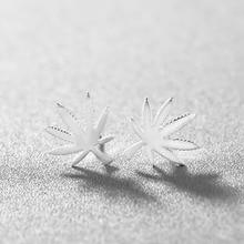 Chandler automne feuille dérable boucle doreille minuscules feuilles partie Anti-allergie Piercing oreille plante bijoux en gros