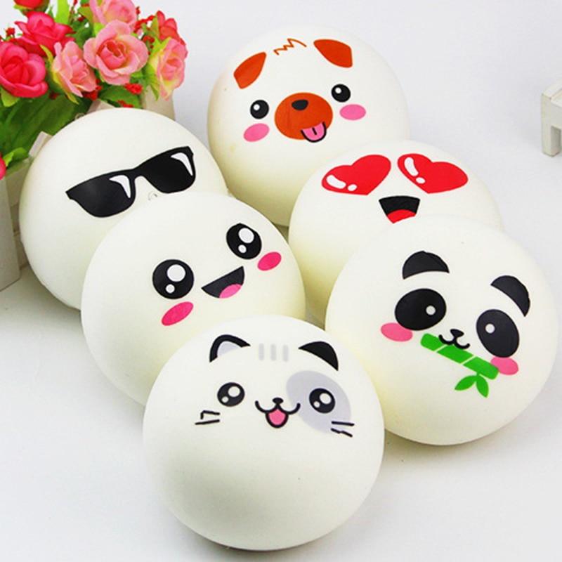 Nuevo 10cm Jumbo blando y estrujable Panda bollos de pan cocina juguetes bolsa de correa del teléfono celular Animal lindo Panda patrón al azar 1 Uds