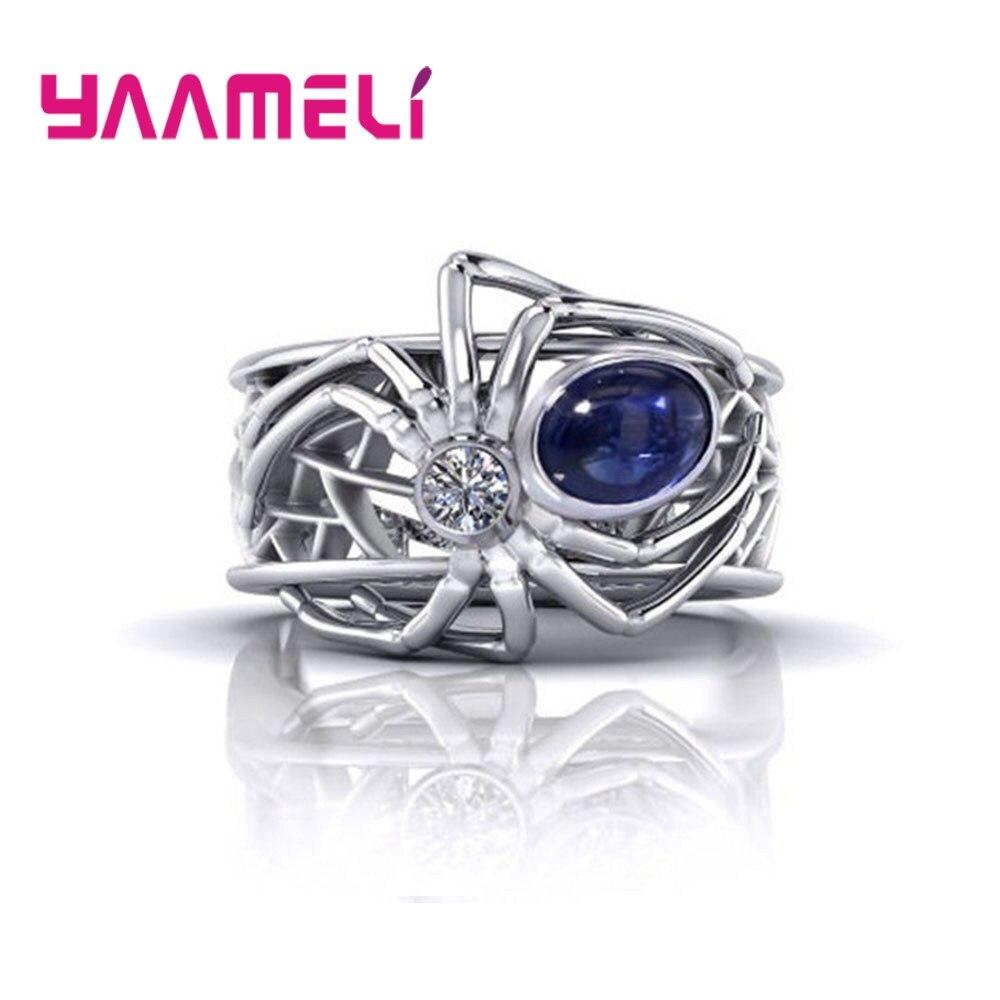 Кольцо-с-пауком-из-серебра-925-пробы-с-фианитом