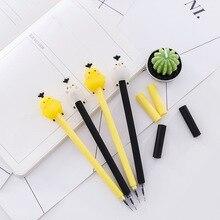 1 Pcs Creative Briefpapier Neutrale Pen Kawaii Cartoon Stijl Gulu Kip Zwarte Pen Handtekening Neutrale Pen Kerst Nieuwigheid