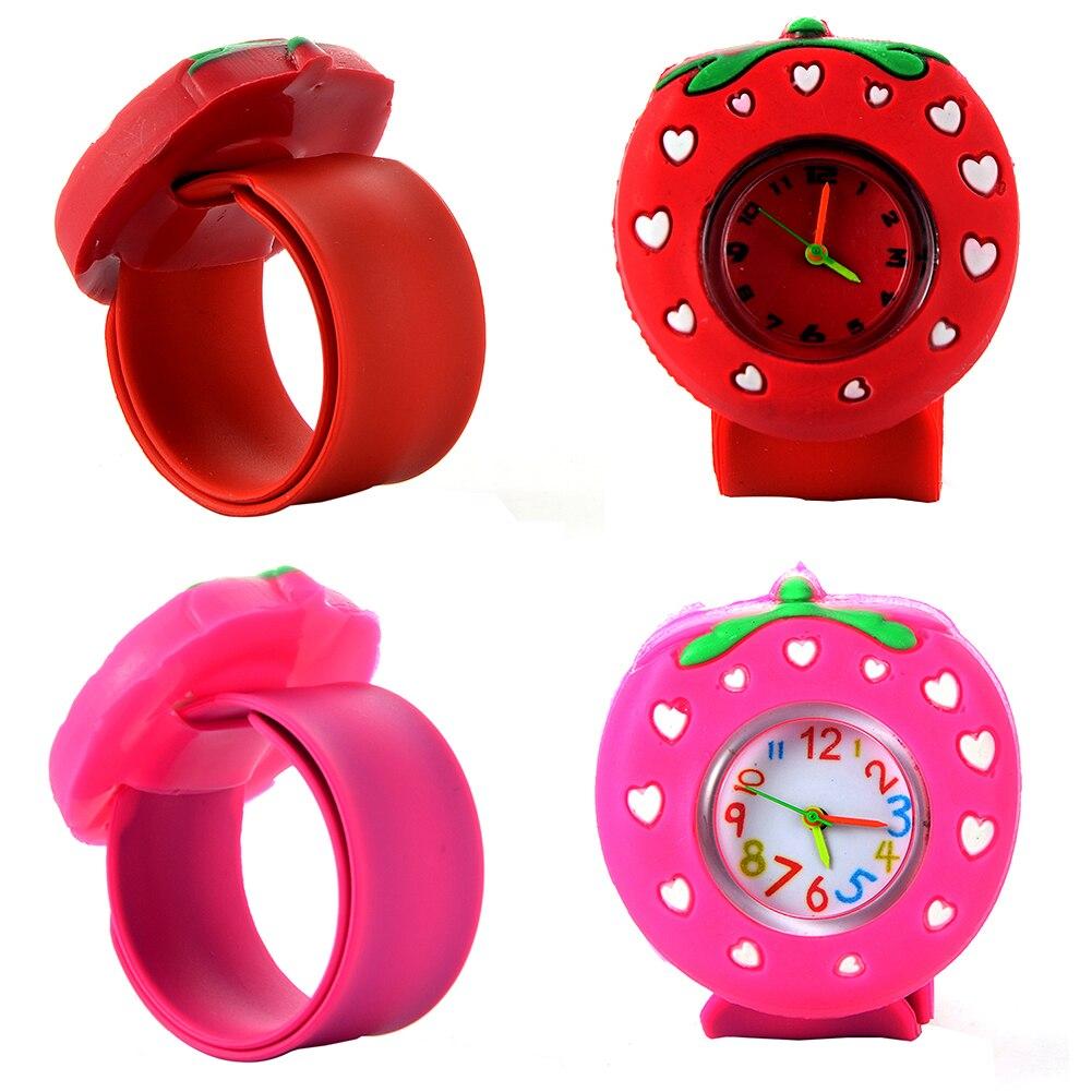 Kinder Slap Uhr 3D Cartoon Erdbeere Quarz Armbanduhr Mode Schöne Silikon Band Kinder Uhr Nette Baby Uhr Relogio