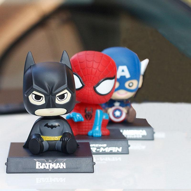 Adornos de coche creatividad Capitán América dibujos animados lindo sacudiendo auricular titular Interior tablero decoración Auto Accesorios