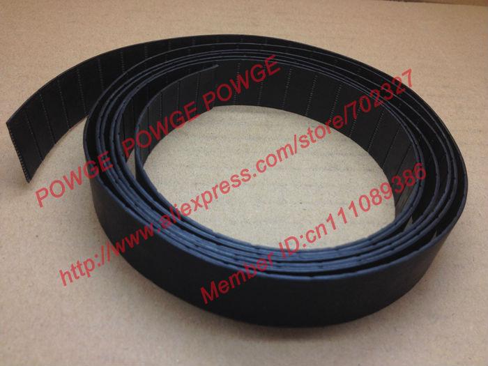 POWGE 50 metros P2 cinturón plano ancho de P2-32 32mm grosor 2mm PU Color negro poliuretano con cinta base de chip de cinta transportadora de acero