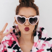 Brand Designer Vintage Sunglass Fashion Love Heart Sunglasses Women cute sexy retro Cat Eye Vintage
