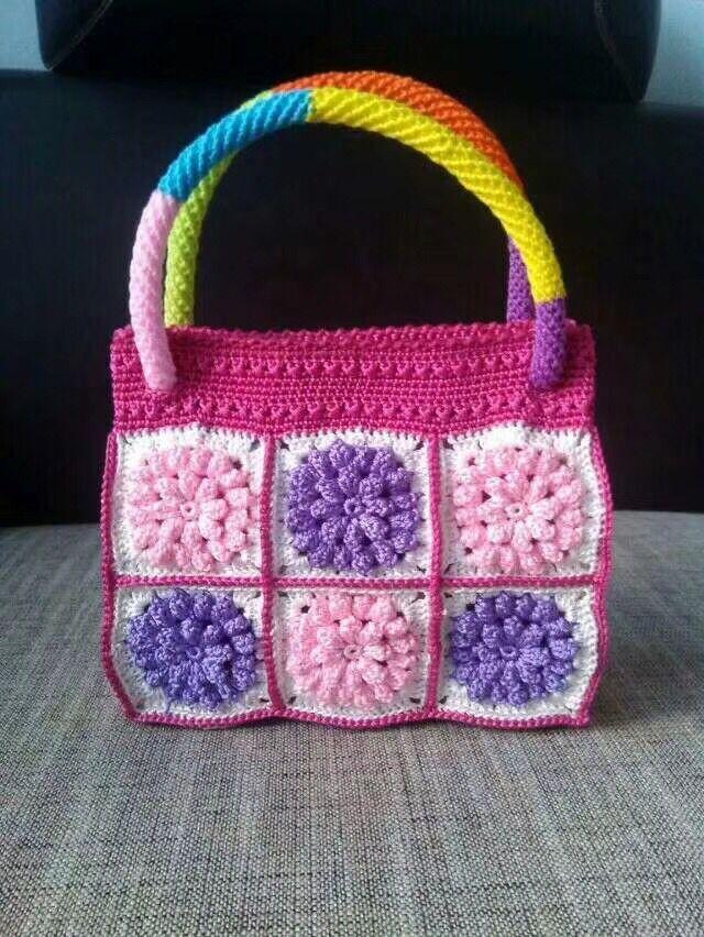 2018 Bohemian Straw Bag for Women Small square Beach Hollow silk Handbags Summer Vintage Rattan Handmade Kintted Travel