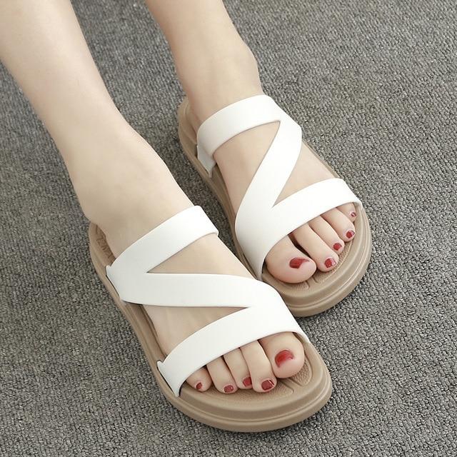 النساء أحذية الصيف الصنادل مريحة حذاء كاجوال المرأة الشقق الصنادل