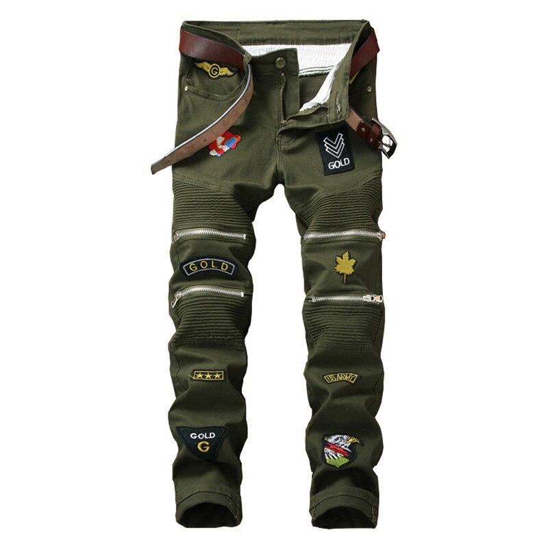 Mcikkny mode hommes coupe ajustée jean droit Camouflage motard jean pantalon avec Patchwork Badge couleur unie Denim pantalon