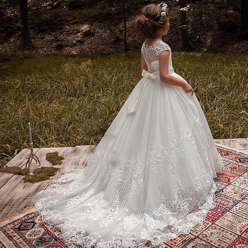 New Arrivals Lovely Princess Girls Cap Sleeve Beading Long Chapel Train Lace Appliques Wedding Gowns Flower Girls Dresses enlarge