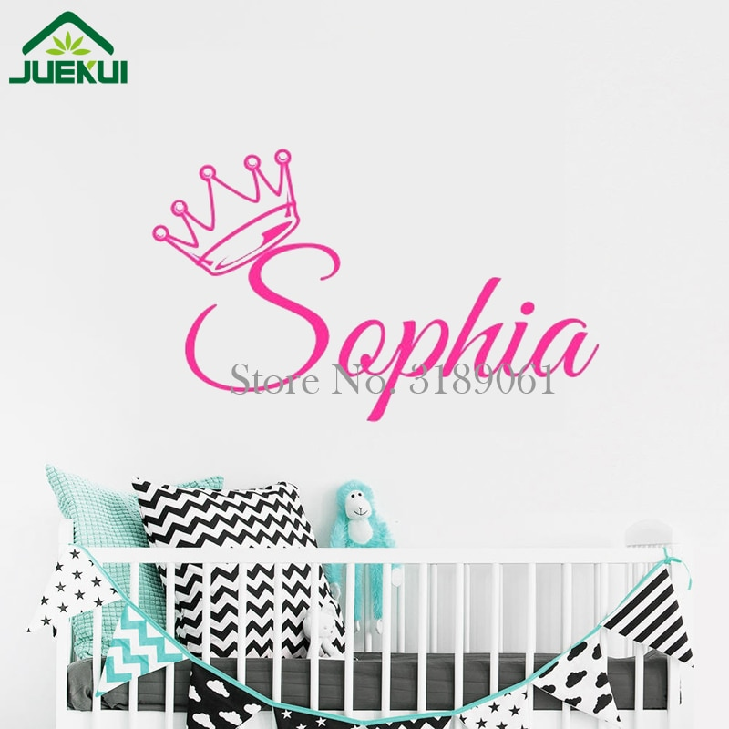 Personalizado nome das meninas adesivo de parede coroa decalque da parede do vinil para chirldren quarto do bebê decoração do berçário parede arte poster ja477