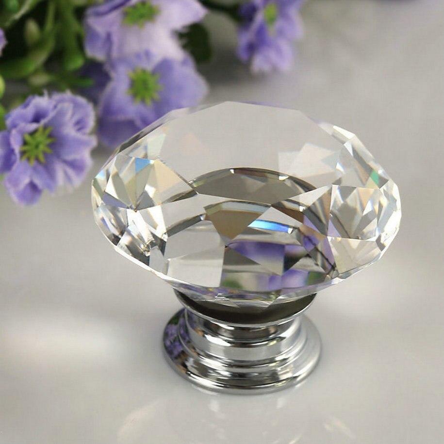1 pieza 2017 Nuevo tirador de puerta de cristal de diamante claro de 30mm mueble de gabinete con cajones accesorio manija perilla tornillo novedoso en todo el mundo