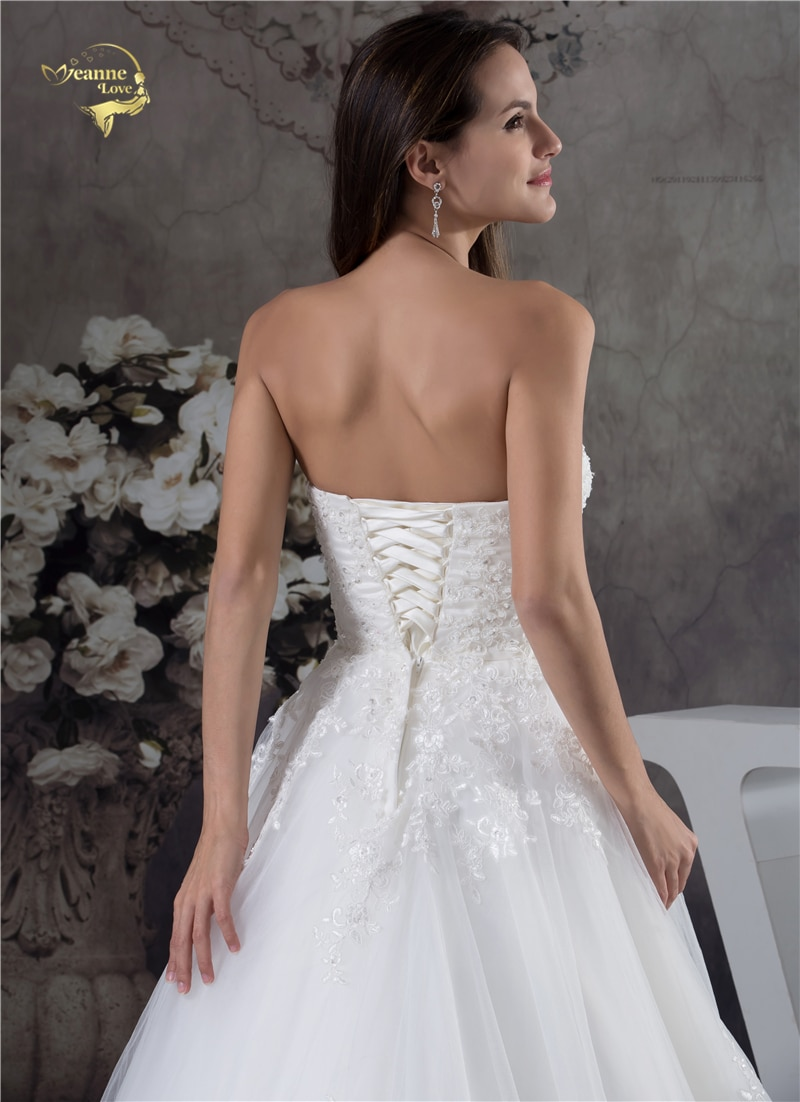 Купить с кэшбэком Jeanne Love Soft Tulle Sweetheart Wedding Dresses Perfect 2021 New Applique Lace Bridal Gown A Line Robe De Mariage JLOV75951