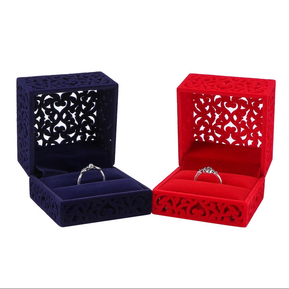 Delicate Fluwelen Doos Chinese Stijl 6.5*6.5*4.7cm Hollow Out Engagement Sieraden Display Storage Case Ring doos