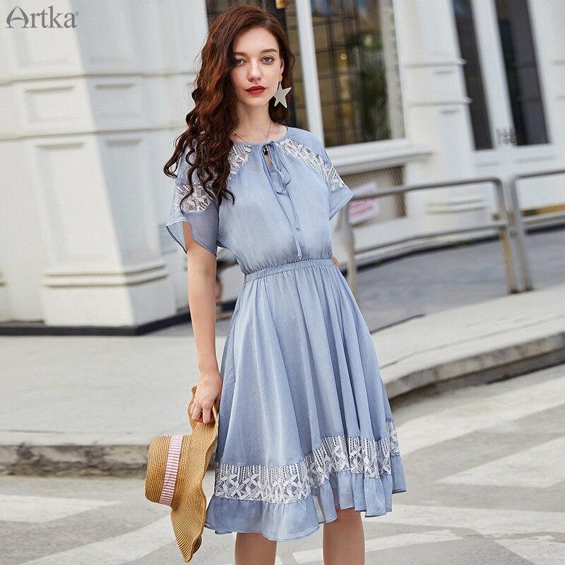 ARTKA 2019 Sommer Neue Frauen Kleid Elegante Spitze Hohl Design Kleid Blau Romantische Zwei-stück Kleider Elastische Taille Kleid LA15990X