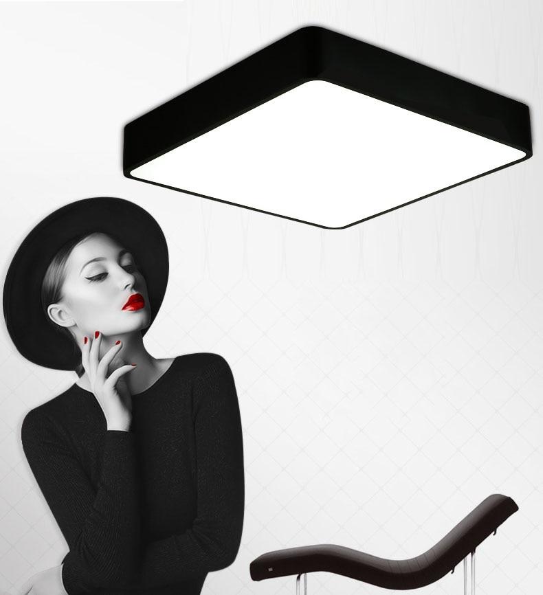 Lámpara de techo montada en superficie de control remoto moderna panel LED cuadrado blanco/negro para iluminación de baño AC110-240V luminarias para