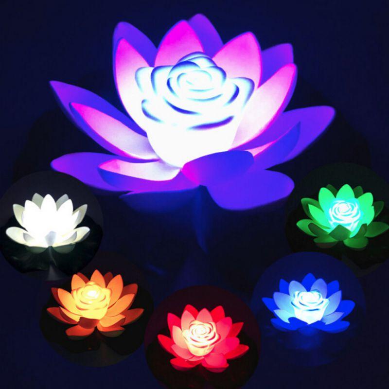 Lámparas LED flor flotante cambiada en forma de loto Artificial piscina de agua Luz de deseo 18cm con flores de batería incluidas