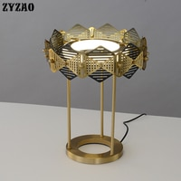 Postmodern Simple Living Room Table Lamp Luxury Fashion Designer Creative Studio Bedside Metal Table Lights Art Deco Table Lamps