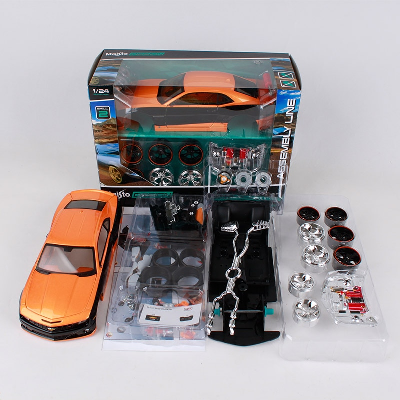 Bburago 124 2010 chevrolet camaro ss rs coche naranja fundición conjuntos coche modelo de metal kits ensamblado a mano forma de coche juguete para regalo 39361