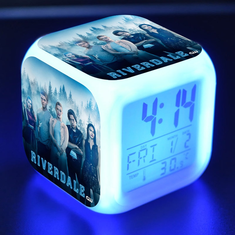 ريفرديل عمل أرقام LED ساعة تنبيه ملون فلاش ليلة ضوء التلفزيون تمثال اللعب