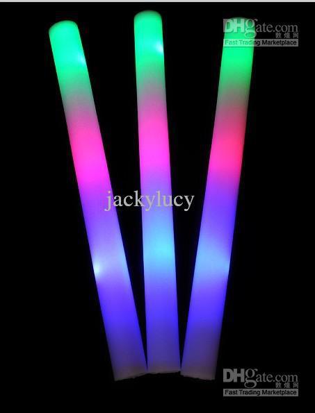 Baixo preço hastes Coloridas led piscando vara espuma espuma vara, luz torcida brilho espuma vara concerto festival carnaval supplie