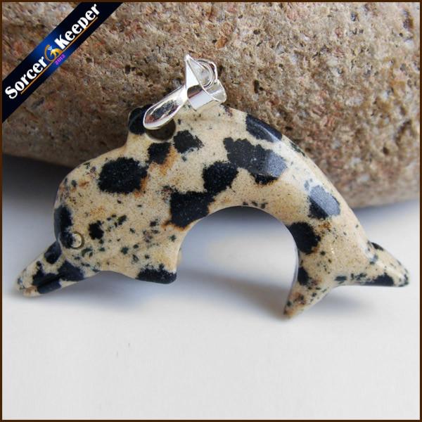 Naturalny kryształ Dalmatiner do szlifowania kamieni delfin wisiorek amulet naszyjnik ryby moda zwierząt przynoszącego szczęście biżuteria JS717