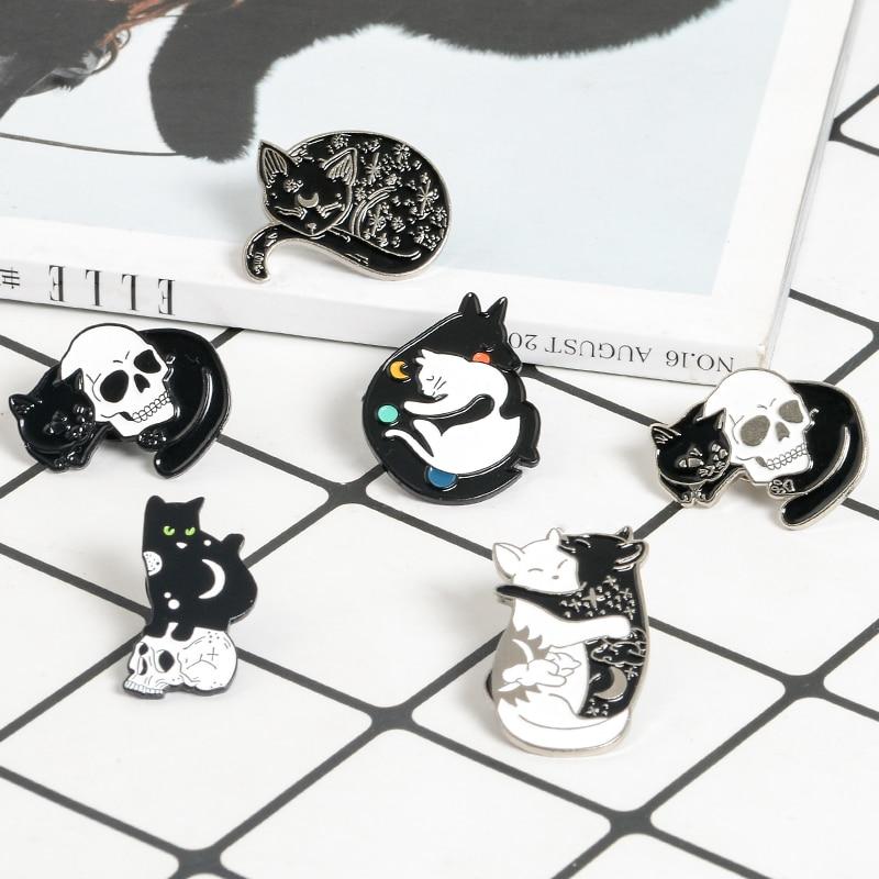 Oscuro broches con diseño de gato bruja gatos gato negro con broches de calavera Punk Kitty broche Animal colección para los hombres y las mujeres gato joyería Collar