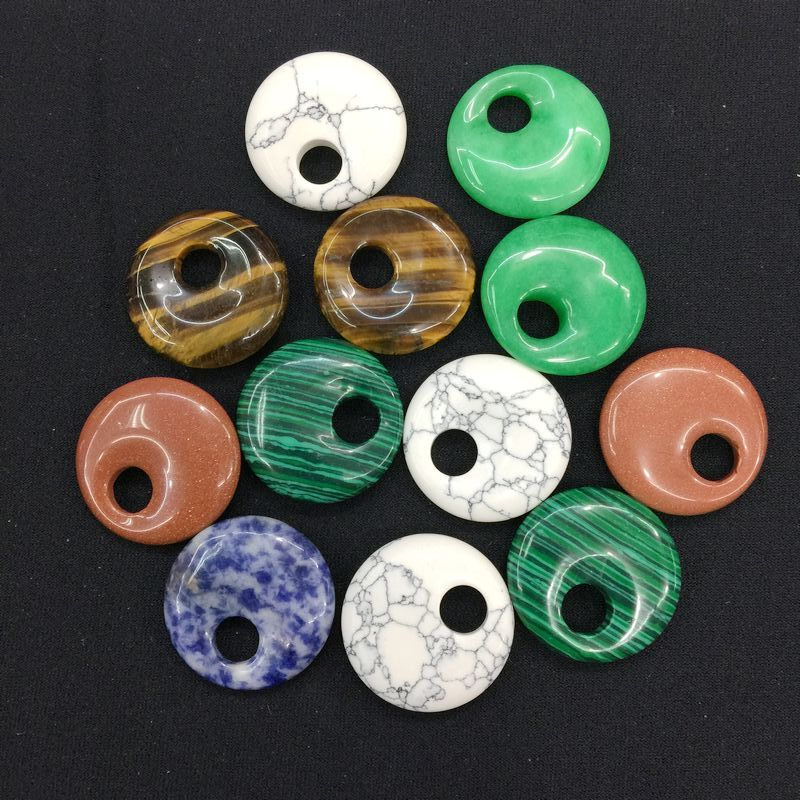 14 pçs/lote pingentes redondos pedras coloridas 30 mm coco donut pingente diy jewerly fazendo misturado howlite sodalite aventurine etc