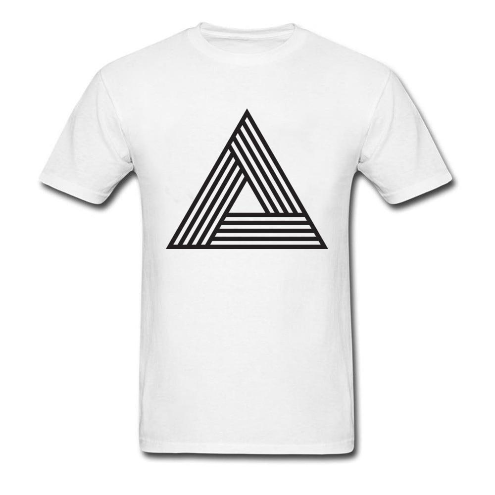 Camiseta con estampado triangular a rayas estereoscópicas, camiseta a la moda para hombre, Camiseta de cuello redondo, manga soviética, juegos puros, camisetas para compañía, triangulación de envíos