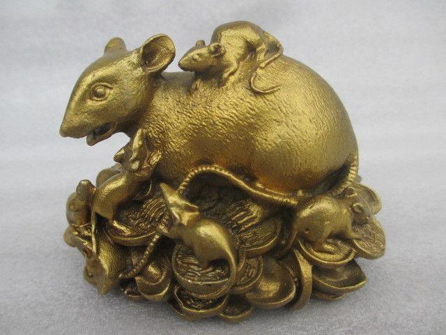 Rara rata de martillo manual de China, estatua de cobre de cinco ratones que transportan productos