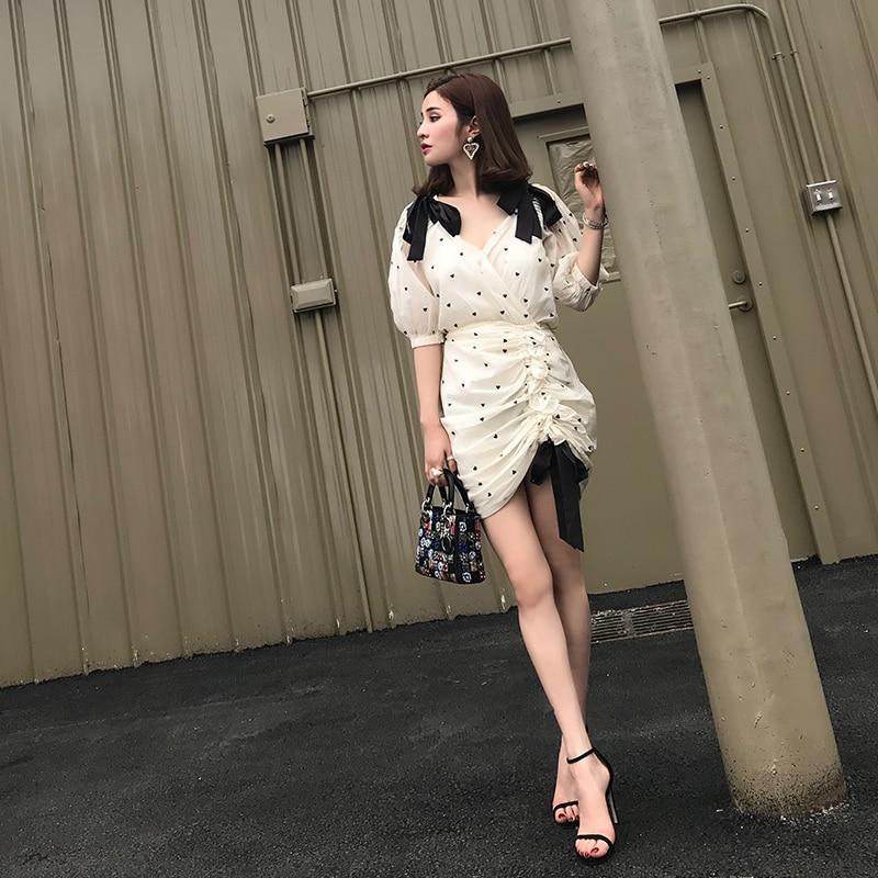 2018 new spring and summer women's personalized Love V-neck knot wrinkled dot dress bow belt runway lady vestidos summer dress
