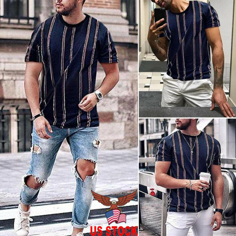 Camiseta de manga corta a rayas con cuello redondo de verano a la moda de vacaciones para hombre