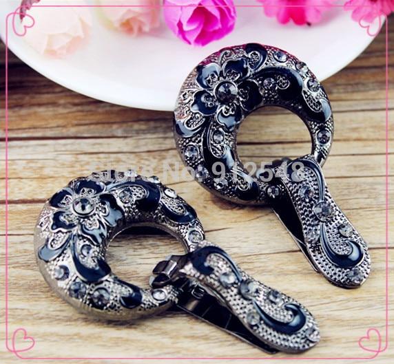 141123181, botões do casaco. botões de strass. ornitorrinco de vidro com uma fivela de diamantes. roupas fivela decorativa