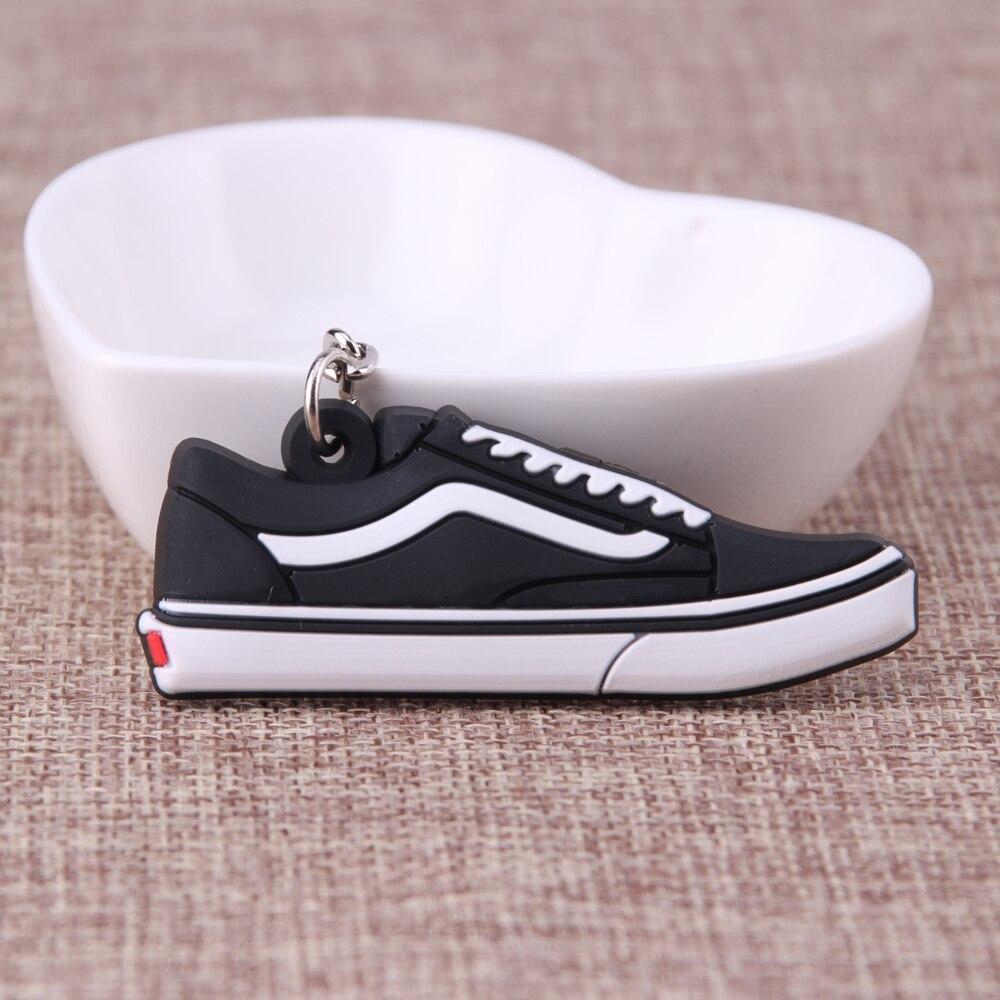 Mini llavero de zapatos de silicona Jordan bolso amuleto mujer hombres niños llavero regalos del anillo zapatilla llavero