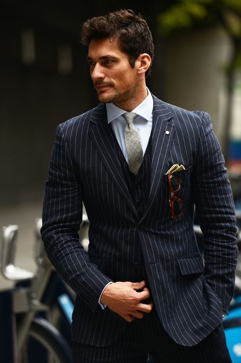 Newest Groomsmen Black with Stripe Groom Tuxedos Notch Lapel Men Suits Wedding Best Man Blazer ( Jacket+Pants+Vest+Tie ) C425