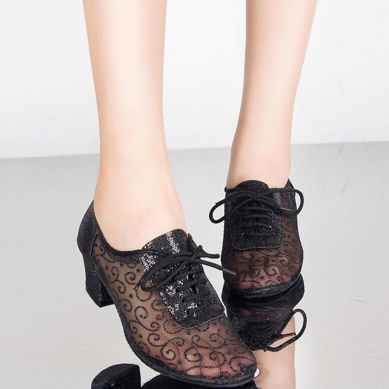 Лидер продаж; Женская танцевальная обувь для бальных танцев; Танцевальная обувь на каблуке 5 см со шнуровкой; Распродажа; Цвет золотой, черны...