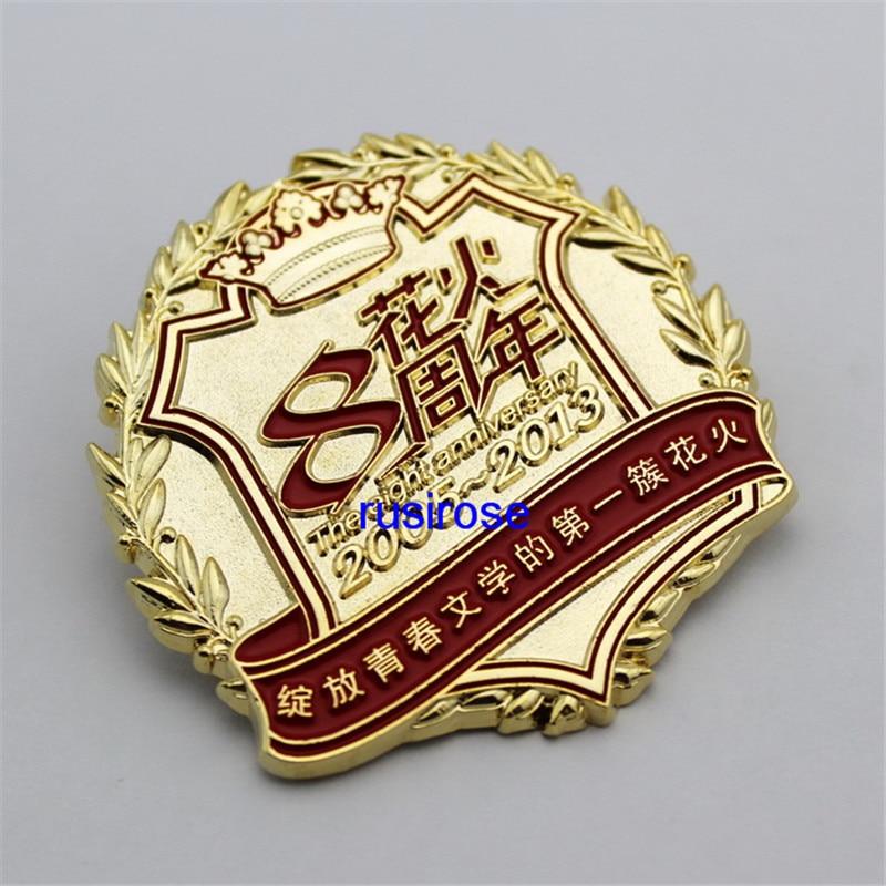 Personalidad 8th aniversario celebración insignia broche personalizado, flor fuego juventud 3d medalla