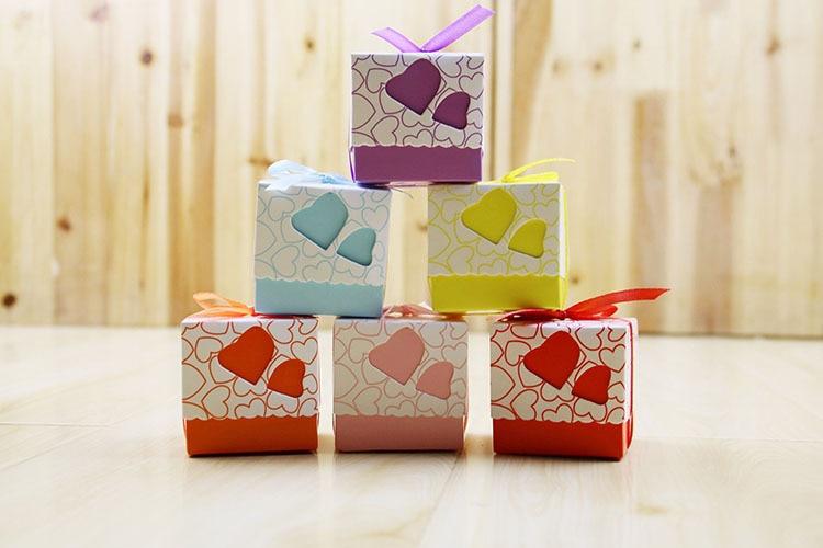 Caja de dulces amor corazón europeo 7 colores Boda nupcial casamento caja de embalaje de dulces creativos cajas de dulces, 50 unids/lote