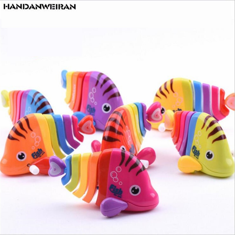 New 1pcs Wind Up Toys Colorful fish chain clockwork toys children toys clockwork Baby fish tail Low Price недорого