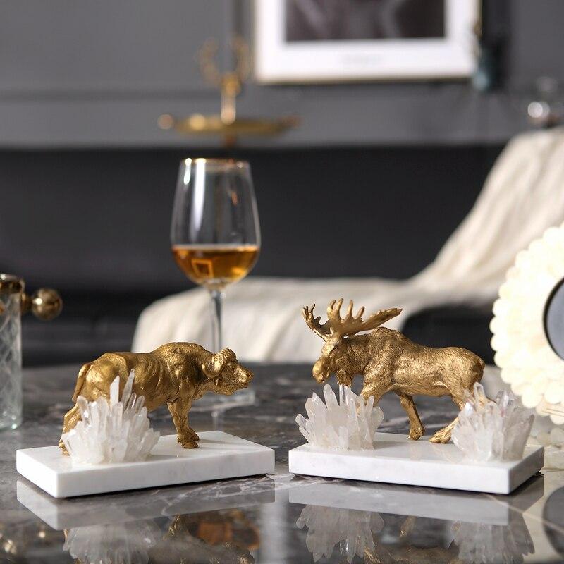 Decoração de Casa Filhote de Leão Estatueta de Mármore Presente de Cristal do Metal Animais Selvagem Luxuoso Camelo Renas Decoração Sala Ornamento Escritório