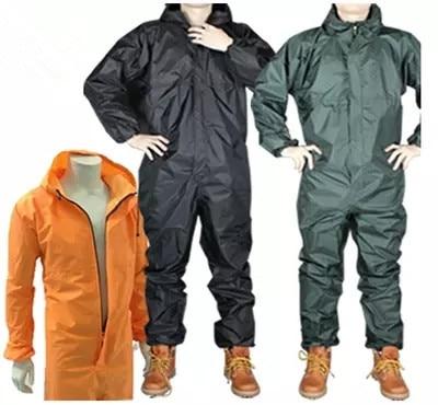 rain coat  suit Waterproof and oil proof dust proof spray spray paint motorcycle/even cap/Conjoined raincoat