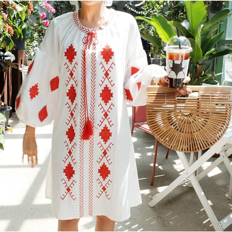 Nuevo otoño Bohemia algodón borla bordada vestido blanco manga linterna cuello talle grande tamaño grande para las mujeres