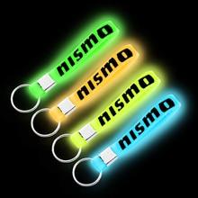 1 pièces porte-clés lumineux en Silicone pour Nissan Nismo Almera Juke Qashqai Tiida X Note de traînée Teana 350Z 370Z