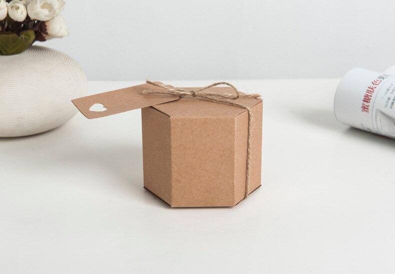 50/100pcs Hexagonal Caixa de Papel Rústico Casamento Retro Caixa Dos Doces Papel Karft com etiquetas de presente favores do casamento e brindes para os convidados