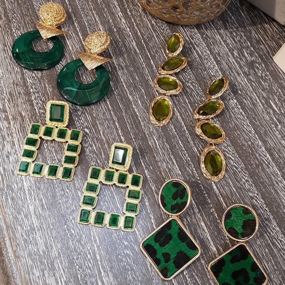 Brincos de metal de girlgo, brincos verdes de pendurar para mulheres, presente de joia de resina de cristal geométrico