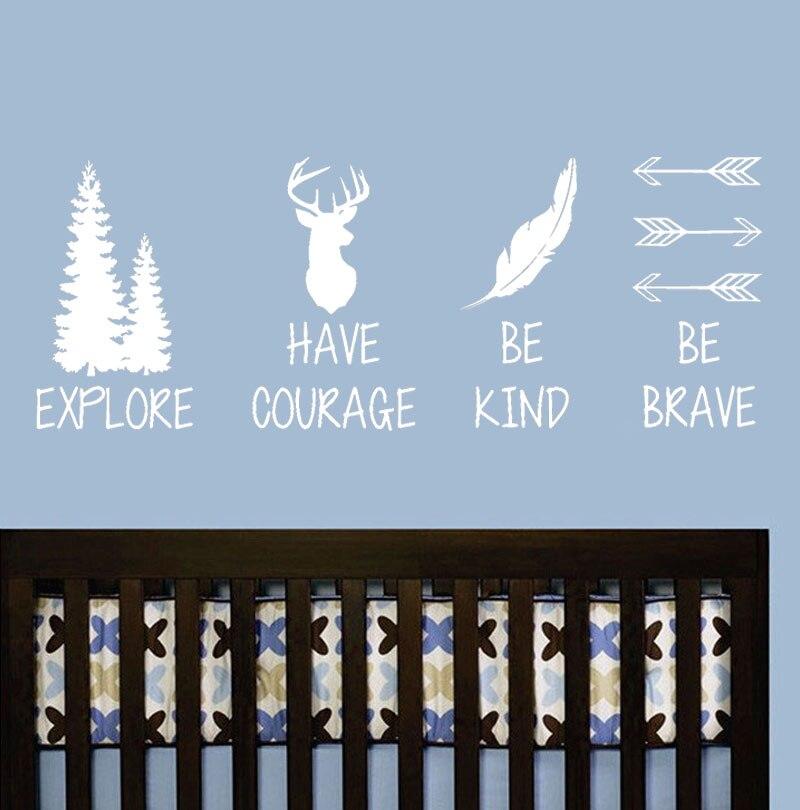 Pegatina de vinilo para pared con cabeza de ciervo y plumas, decoración para el hogar, Explore Have Courage Be Kind Be Brave, pegatinas para habitación de niños B686
