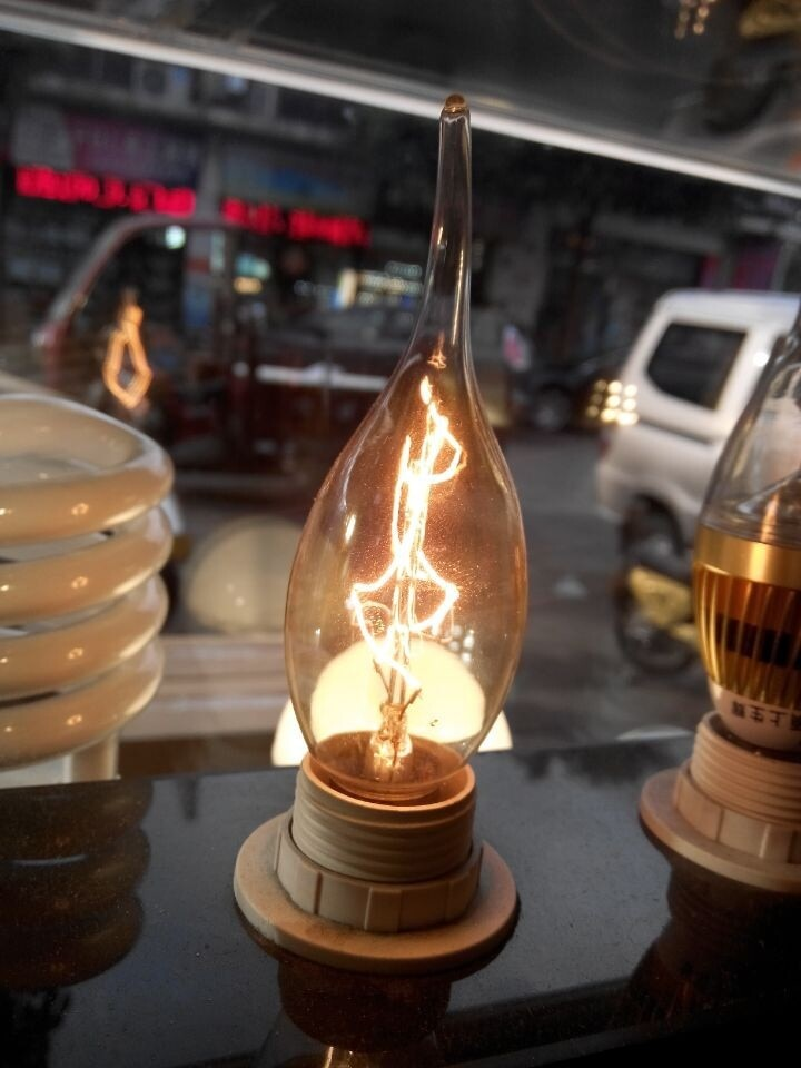 10 unids/lote E14 tirar de la lámpara de cola bombillas de vela retro Edison de tungsteno de filamento de carbono luz araña de cristal 110 V 120 V
