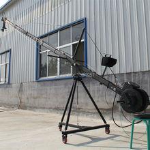 Potence grue 10m 3 axes octogone pan inclinaison tête portable caméra grue dslr avec dolly et moniteur approvisionnement dusine