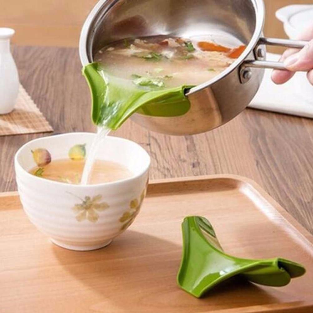 Practical Anti Spill Kitchen Funnel Gadget Silicone Pour Spout Slip On Pour For Bowls Pans Pots Home Kitchen Tool